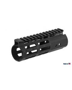 "UTG PRO M-LOK  AR15 5.5"" Super Slim Handguard"